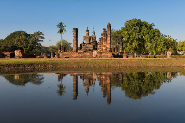 wat mahathat sukhothai - sukhothai - fotografias e filmes do acervo