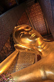 Giant Golden Buddha Statue in Wat Pho