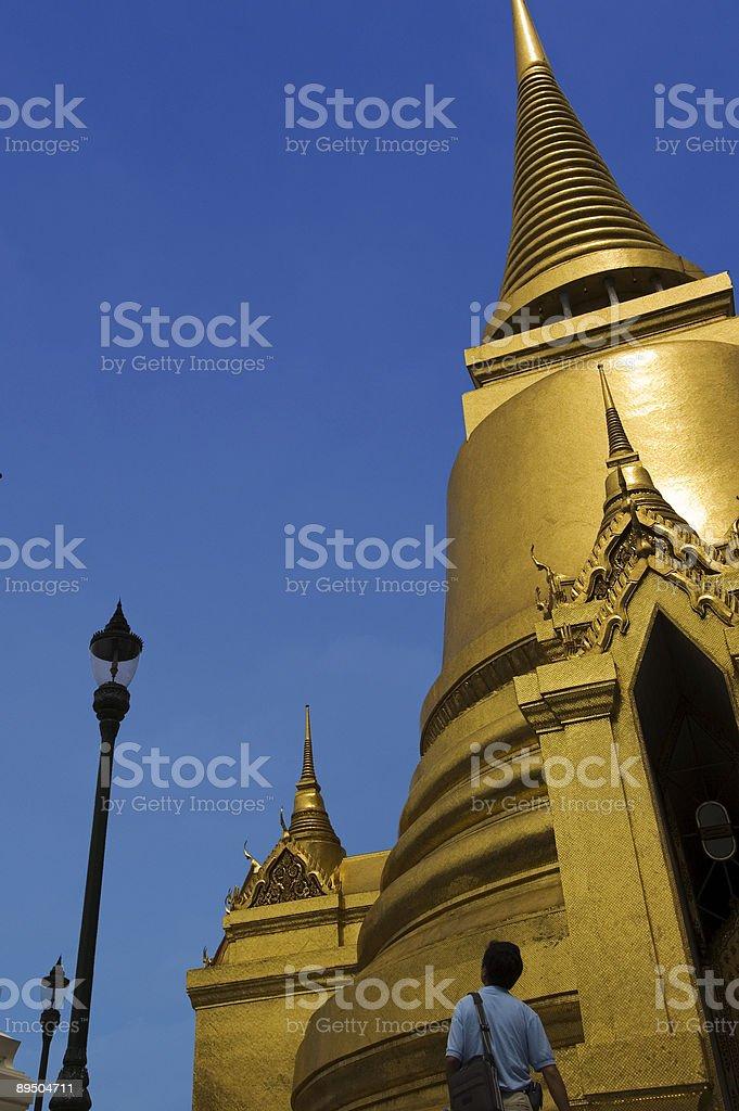 Wat Phra Kaew golden Stûpa photo libre de droits