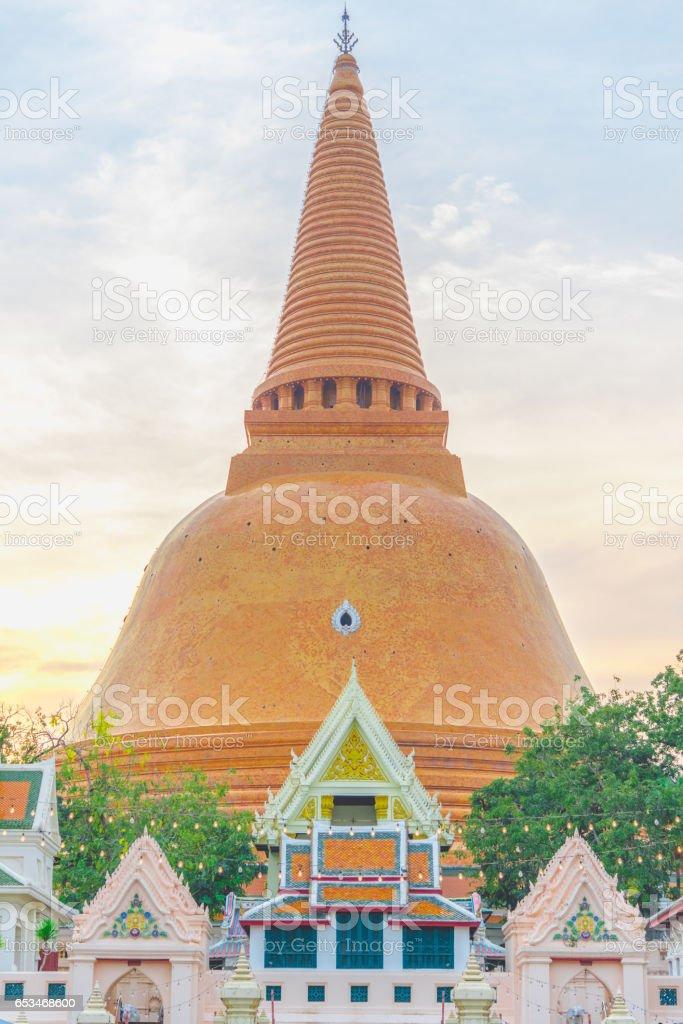 Wat Phra Pathom Chedi temple in Nakhon Pathom, Thailand. stock photo