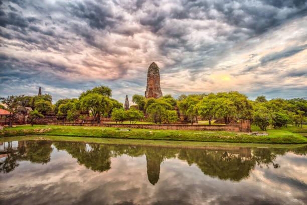 ayutthaya tarihi parkı'ndaki wat phra ram tapınağı, tayland - ayutthaya bölgesi stok fotoğraflar ve resimler