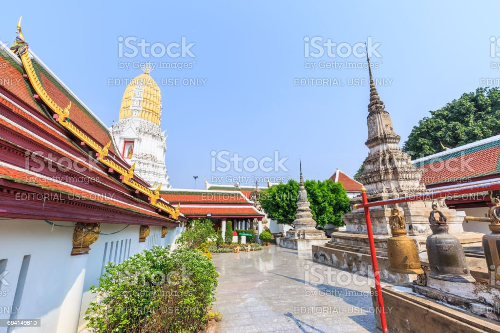 PHITSANULOK , THAILAND – APRIL 30, 2017 :  Wat Phra Sri Rattana Mahathat (Wat Yai) . Located in Phitsanulok province northern of Thailand. foto stock royalty-free