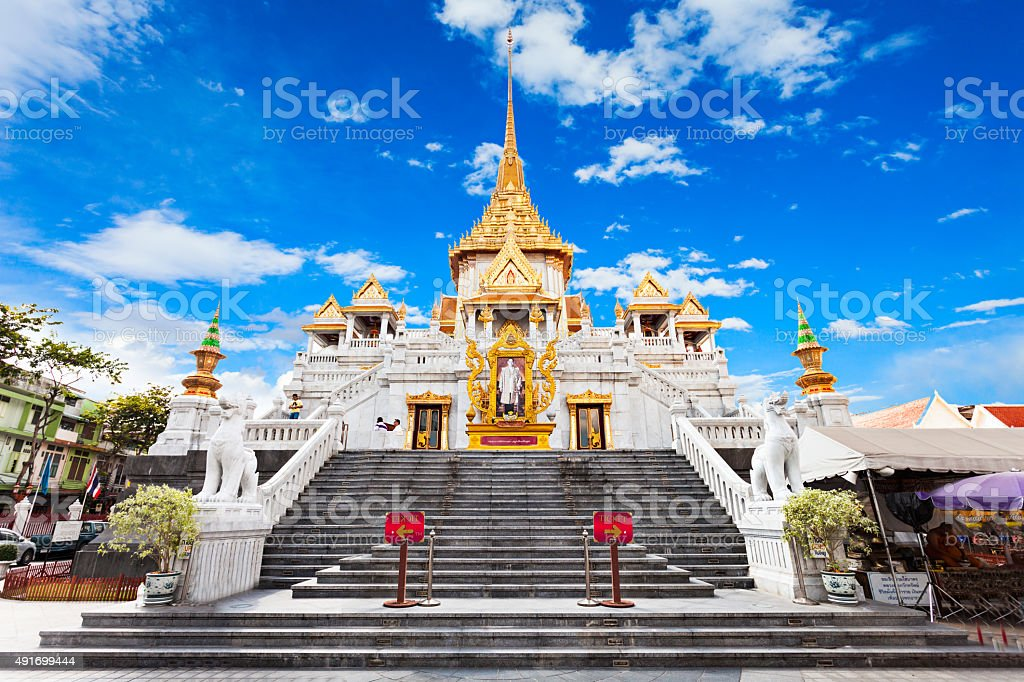 Wat Traimit, Bangkok stock photo