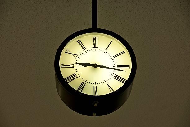 watch - last minute urlaub deutschland stock-fotos und bilder