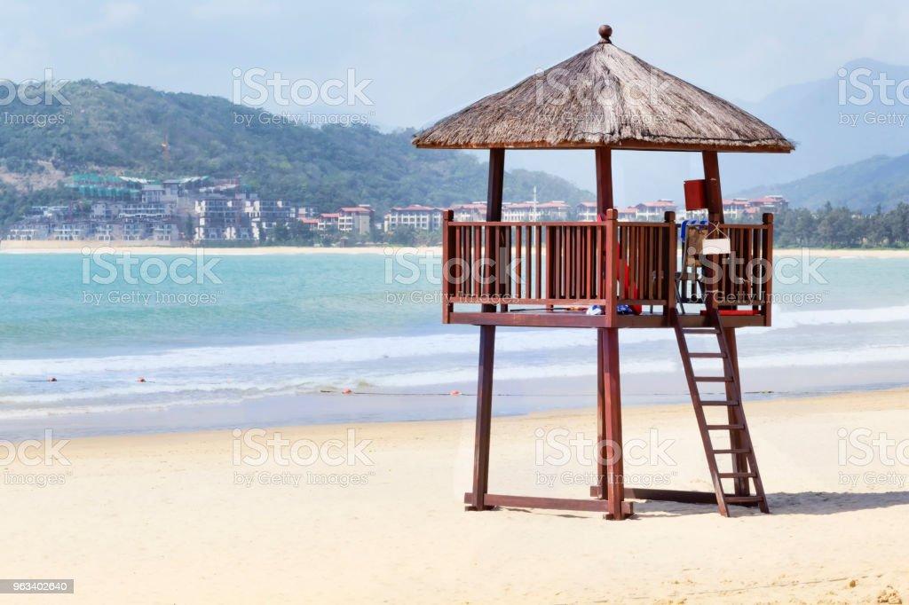 Watchtower on the tropical beach of Hainan island  - China - Zbiór zdjęć royalty-free (Bezpieczeństwo)