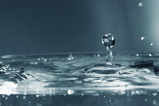 Vatten Droplet Som Bakgrund-foton och fler bilder på Blå