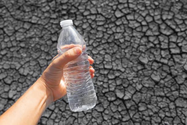 水旱災 - 口渴 個照片及圖片檔