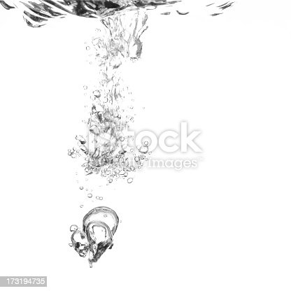 istock Water falling from the ceiling making bubbles 173194735