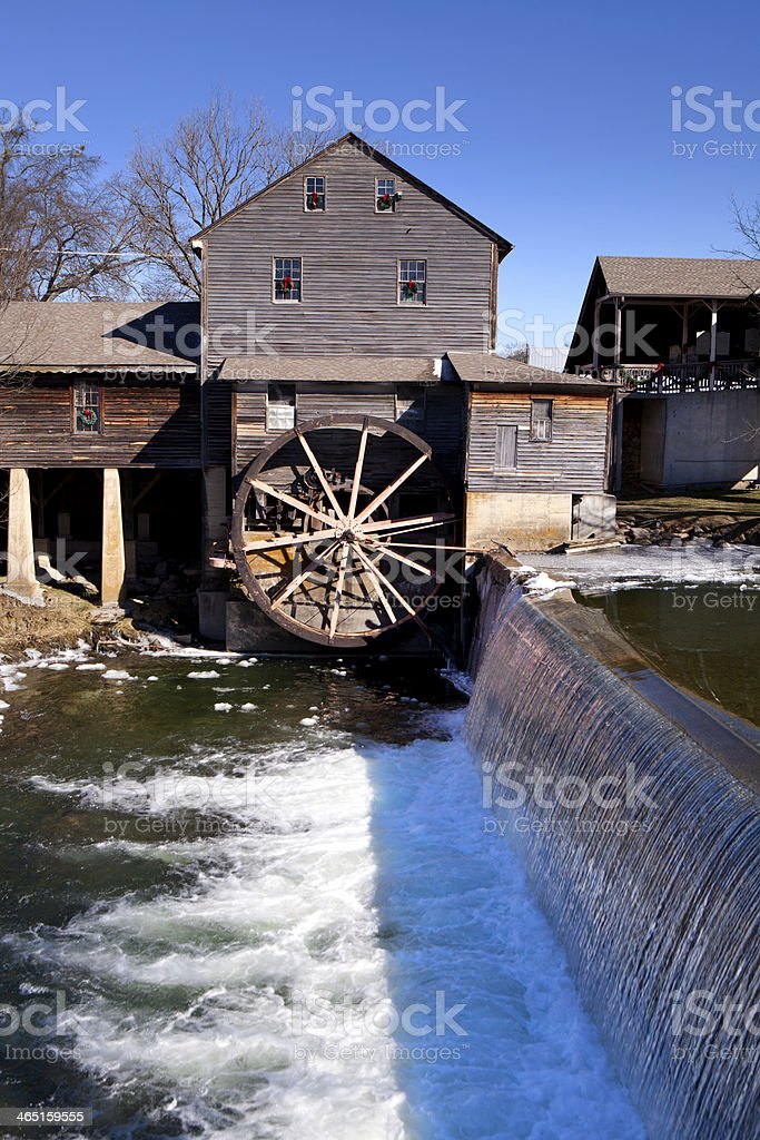 Temperature In Pigeon Forge Tennessee >> Water Mill In Pigeon Forge Tennessee Stock Photo Download