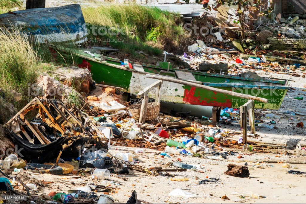 Sewage thrown on the sea without treatment