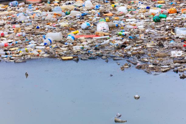 Water pollution polluting the seas picture id964836238?b=1&k=6&m=964836238&s=612x612&w=0&h=wew7nmpdxlkpeigpme zc39oztrn2esgm2wguisfc s=