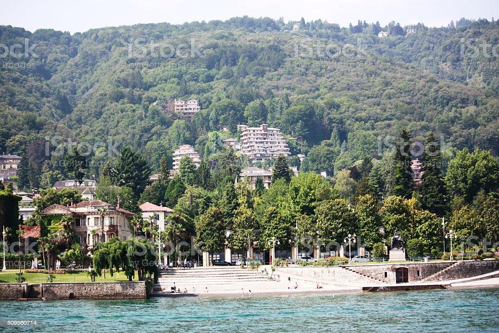 Strandpromenade und dem strand von stresa auf see lago for Stresa lake maggiore