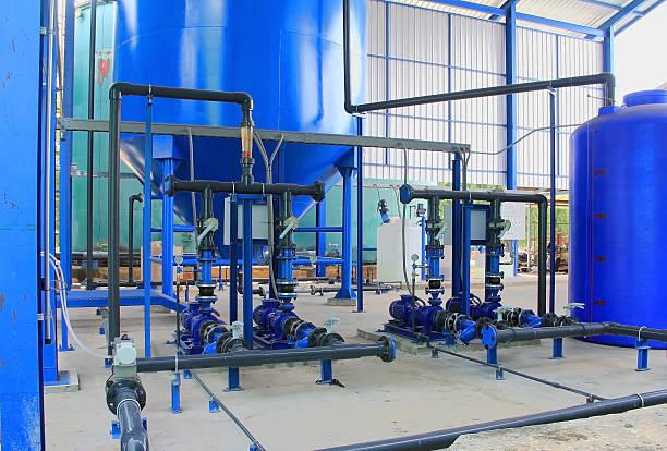 water pump line and clarified tank. - tap water zdjęcia i obrazy z banku zdjęć