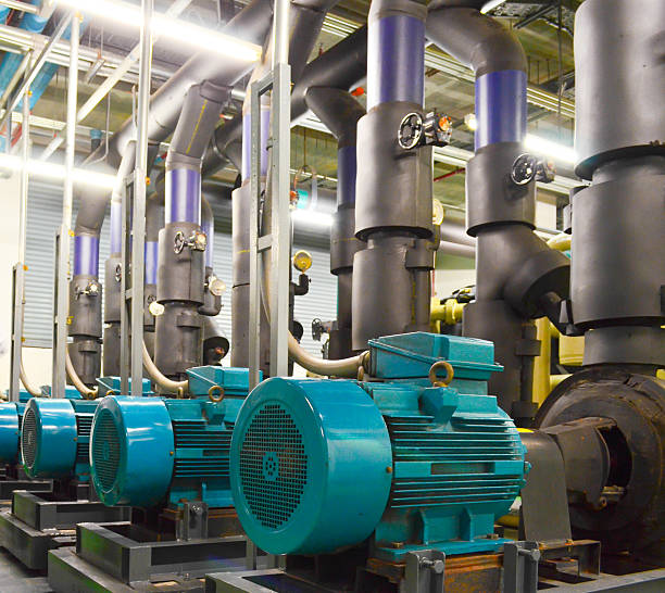 water pumping station and industrial interior pipes - 電子摩打 個照片及圖片檔