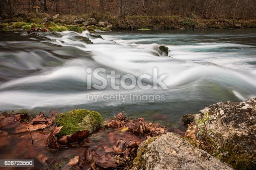 Rocks and water rapids at Bennett Spring State Park in Missouri, USA