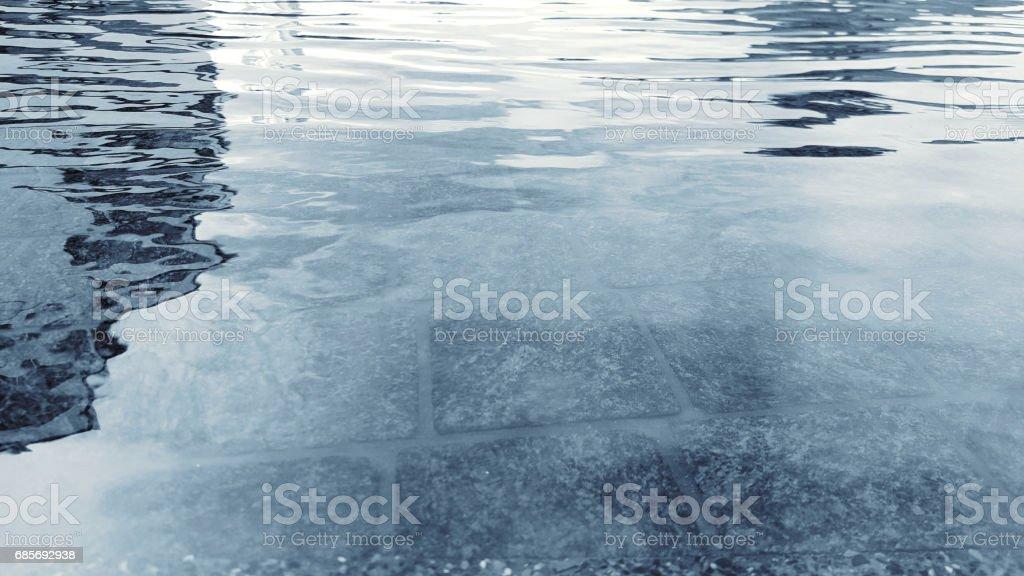 水面漣漪與陽光的幾點思考 免版稅 stock photo