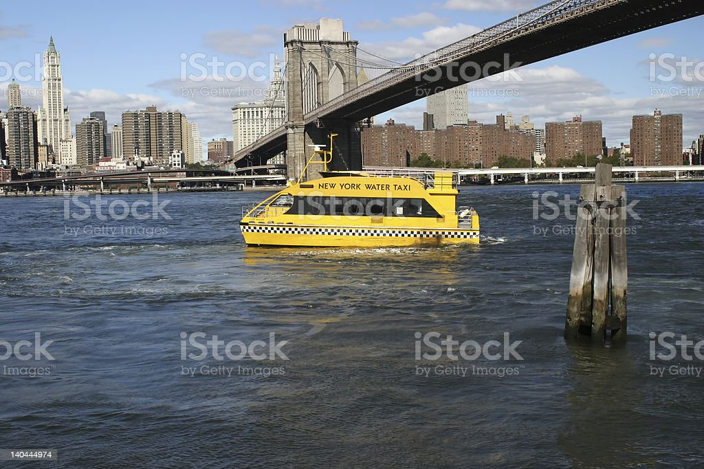 Water Taxi, Brooklyn Bridge stock photo