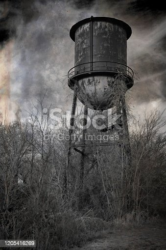 Old water tower still standing in Ft Payne Alabama.