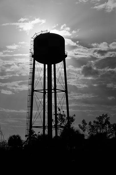Water tower-silhouette – Foto