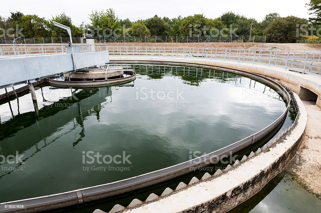 water treatment system - foto de stock