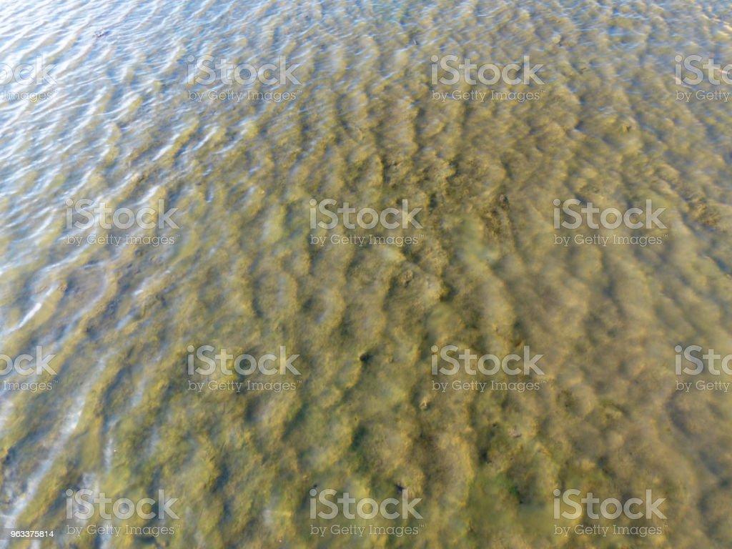 Water with reflection pattern background - Zbiór zdjęć royalty-free (Abstrakcja)