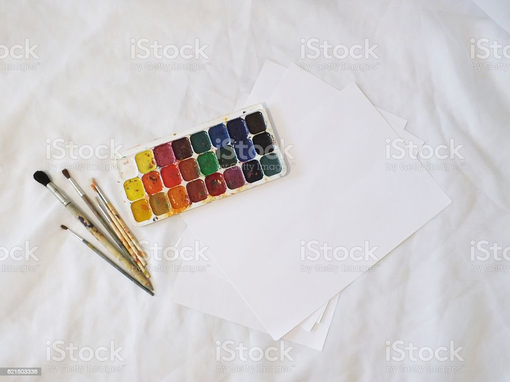 Watercolor Paints And Brushes foto stock royalty-free