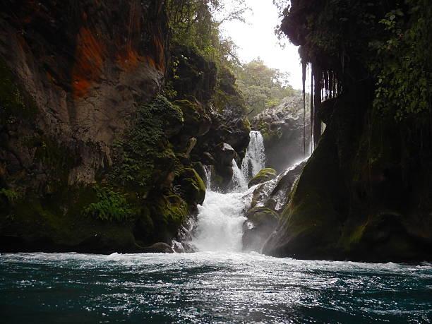 Waterfall at God's Brigde Waterfall at God's Brigde, San Luis Potosí, Mexico san luis potosi stock pictures, royalty-free photos & images