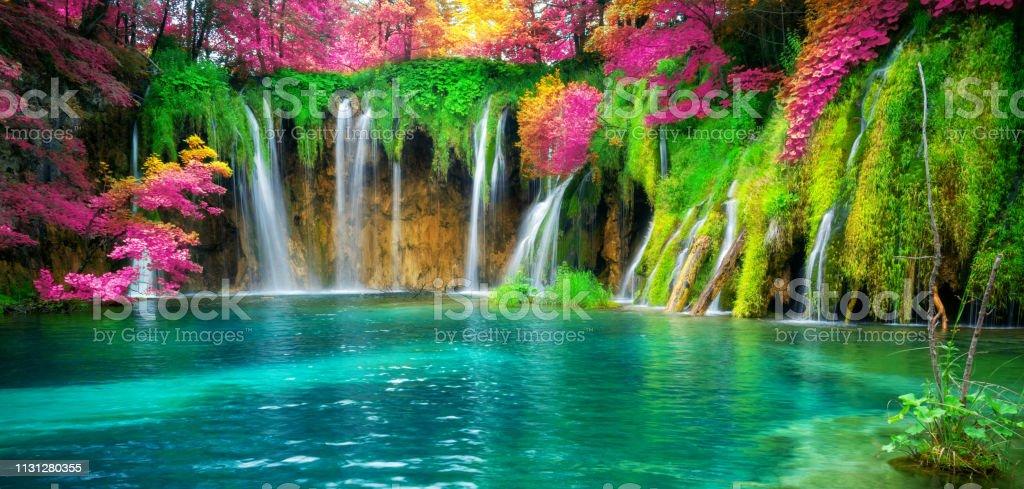 Cascada paisaje de los lagos de Plitvice Croacia. - Foto de stock de Agua libre de derechos