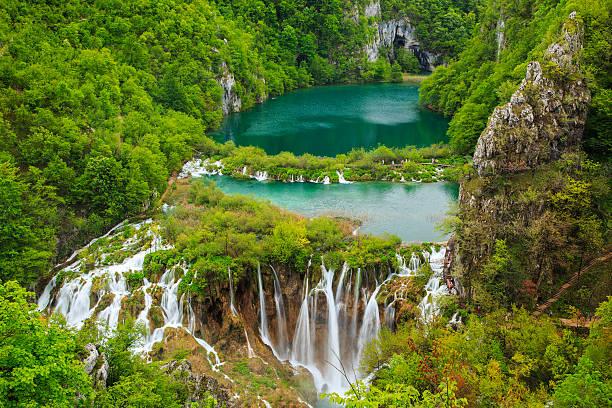wasserfälle im nationalpark plitvicer national park - nationalpark plitvicer seen stock-fotos und bilder