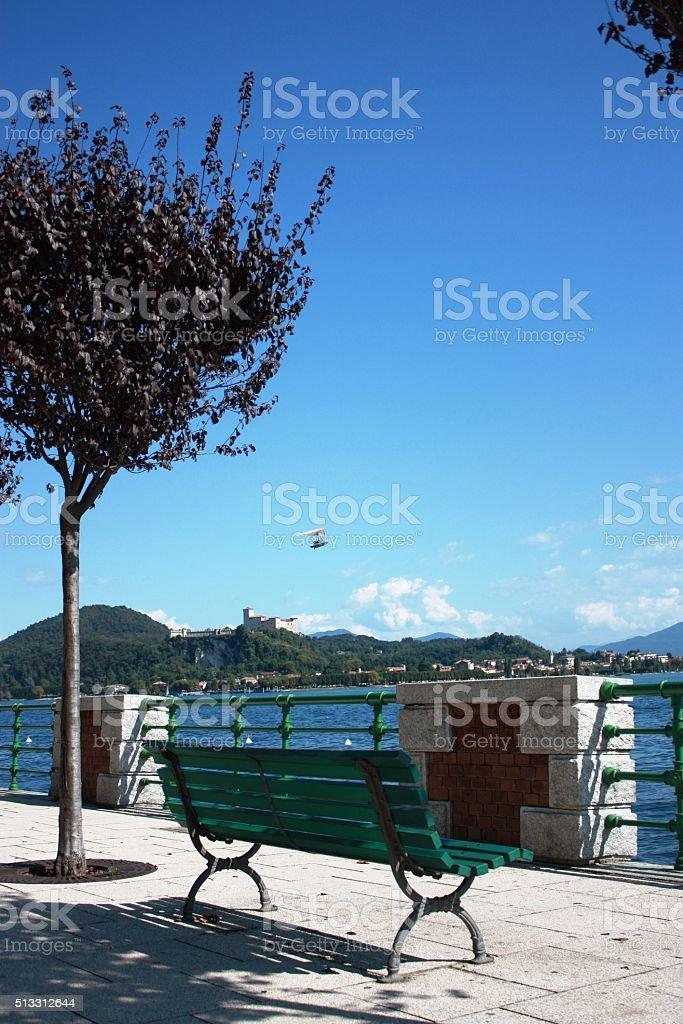 Arona Affacciato Sul Lungomare Di Angera Al Lago Maggiore Lombardia Italia Fotografie Stock E Altre Immagini Di Acqua Istock