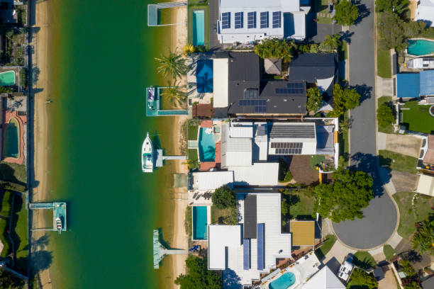 Waterfront homes on the sunny Gold Coast suburb of Broadbeach Waters stock photo
