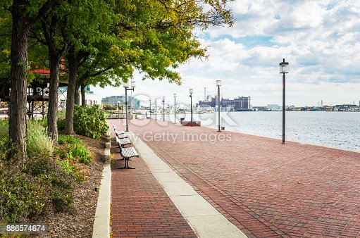 istock Waterfront Path on a Cloudy Autumn Day 886574674