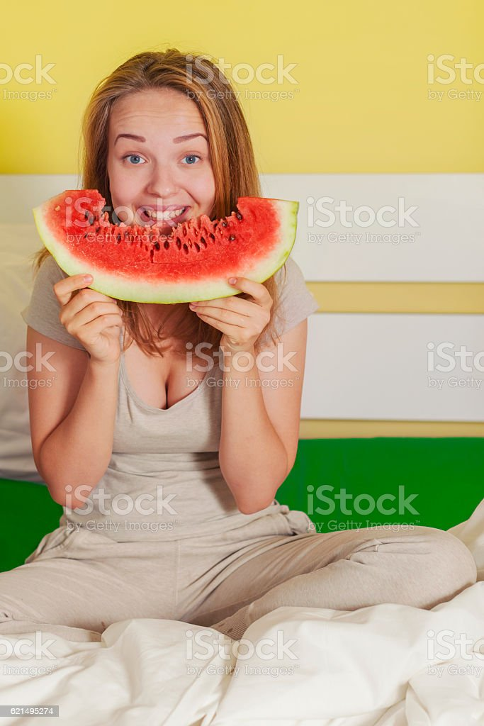 Watermelon Summer in bed photo libre de droits