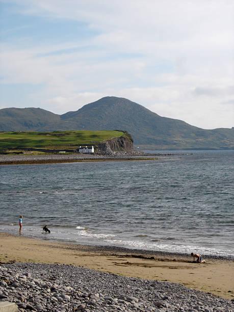 waterville beach, ireland - fsachs78 stockfoto's en -beelden
