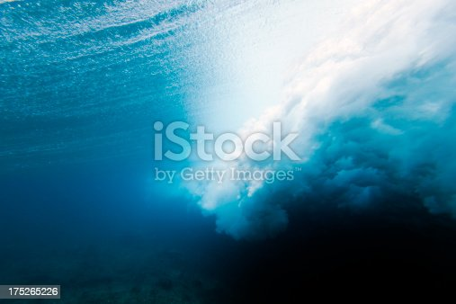 istock Wave crashing underwater 175265226