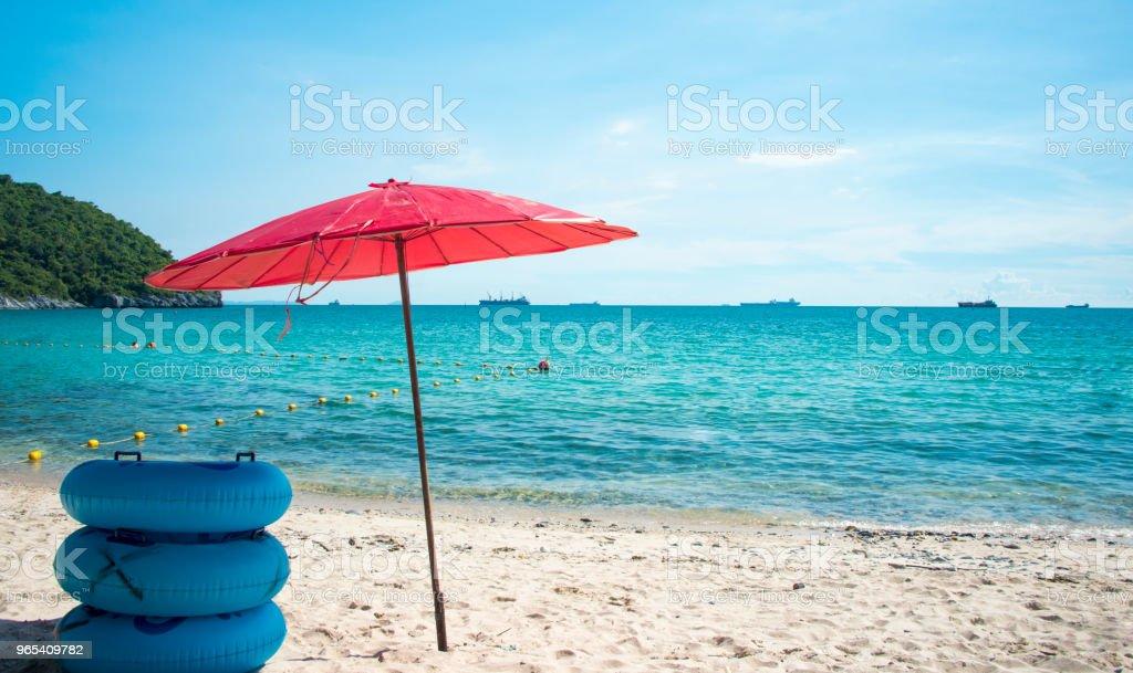 Wave & sable fond de plage, location vacances ou vous détendre dans le concept de l'été. - Photo de Baie - Eau libre de droits