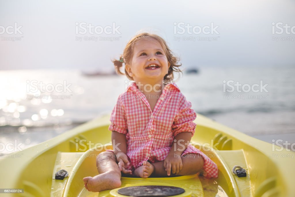 Waves and the sun royalty-free stock photo