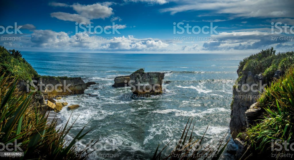 Waves, Eddies and Spume in the Tasman Sea, New Zealand stock photo