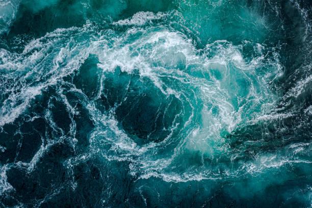 만조와 썰물 때에는 강과 바다의 물결이 서로 만난다. - 바다 뉴스 사진 이미지