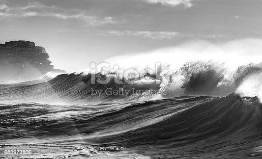istock Waves 683973806