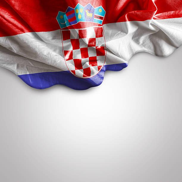 Acenando a bandeira da Croácia, Europa - foto de acervo
