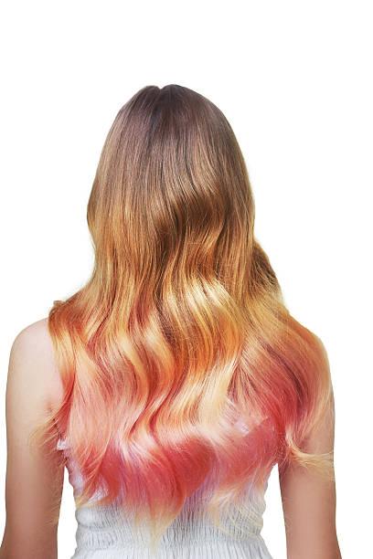 wavy colored hair - haarfarbe ohne ammoniak stock-fotos und bilder