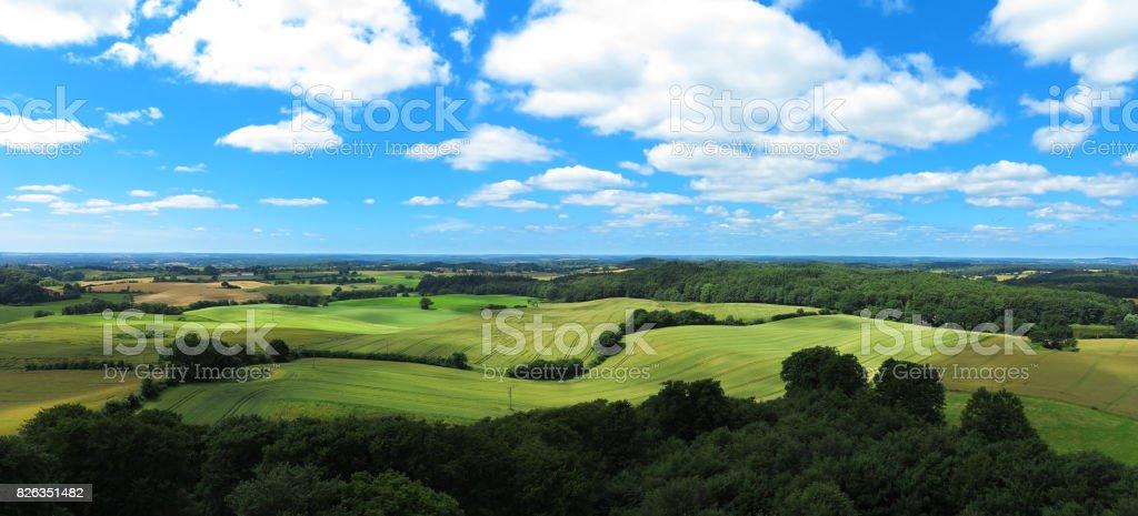 paisagem rural ondulada - foto de acervo