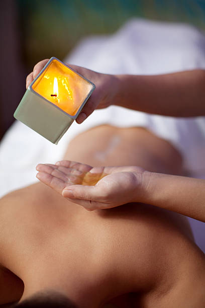 De la cire de massage dans le spa et centre de bien-être - Photo