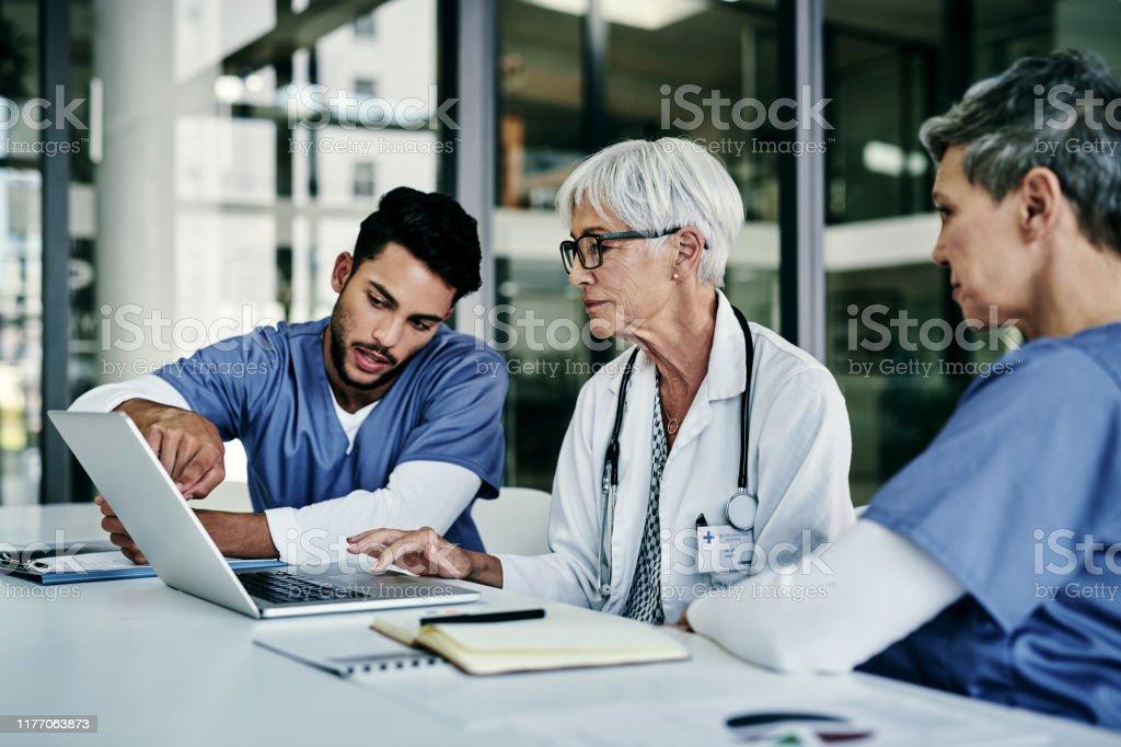 Wir alle verstehen die Bedeutung unserer Arbeit - Lizenzfrei Analysieren Stock-Foto