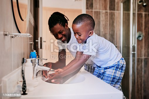 1182622704istockphoto We can have breakfast after washing our hands 1206815063