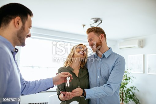 istock We finally have our own place ! 906970710