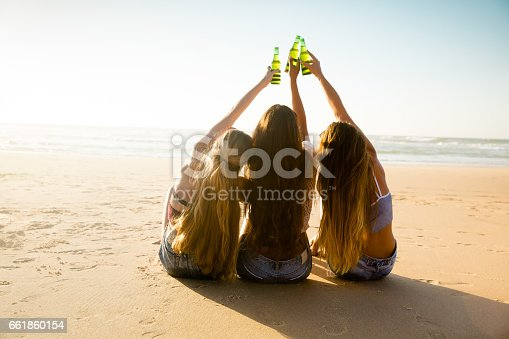 istock We love Summer 661860154