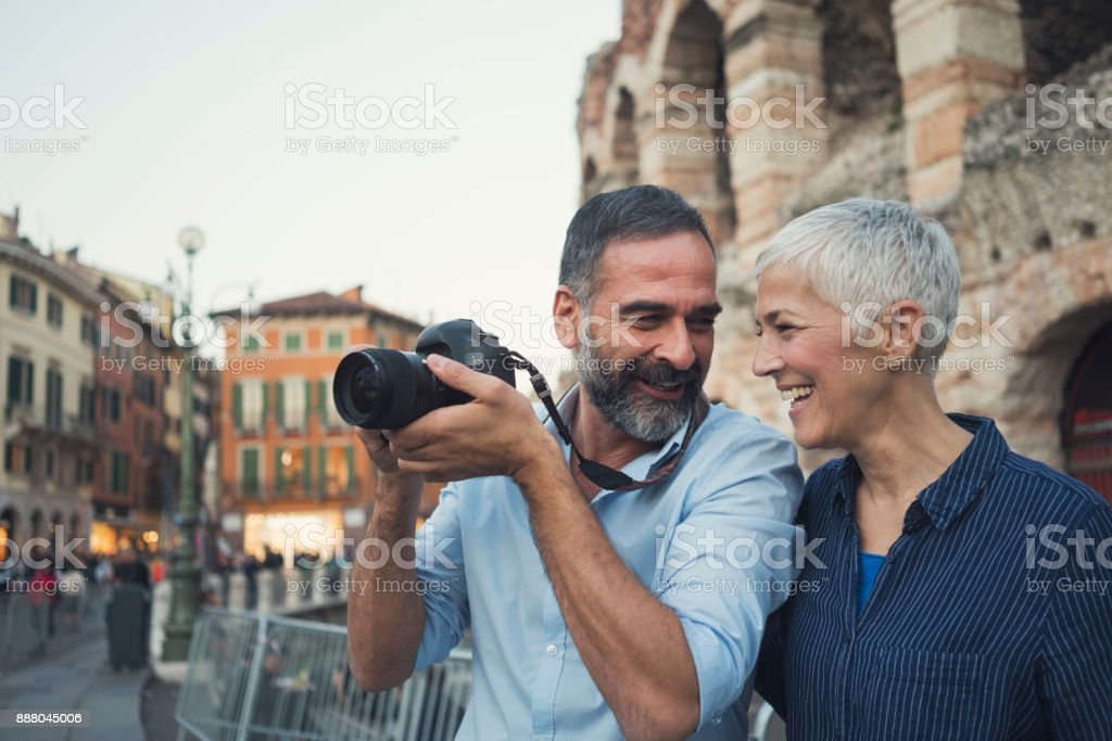 Seyahat etmeyi seviyoruz - Royalty-free 55-59 Yaşlar Arası Stok görsel