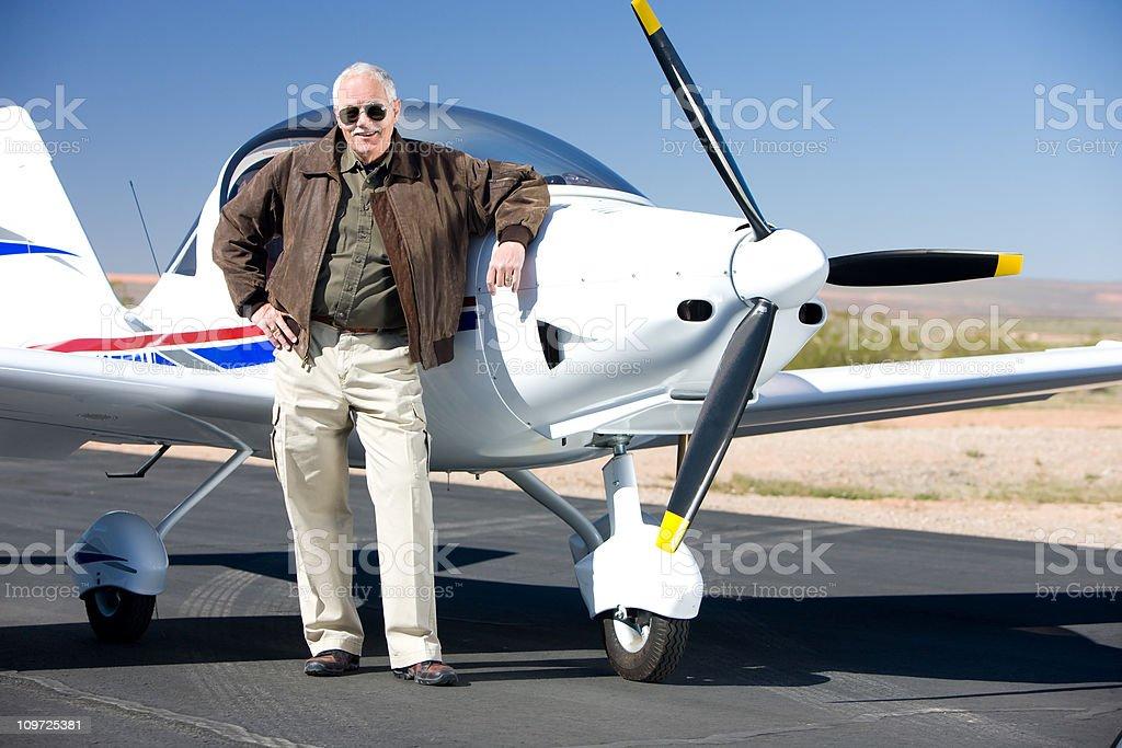 Ricco programma pilota con moderno concetto di aereo - foto stock